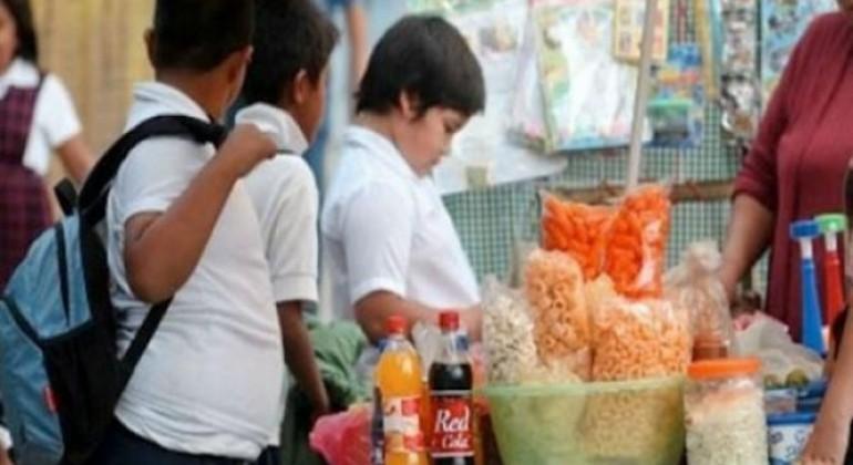 Aumentan niños con obesidad en el estado