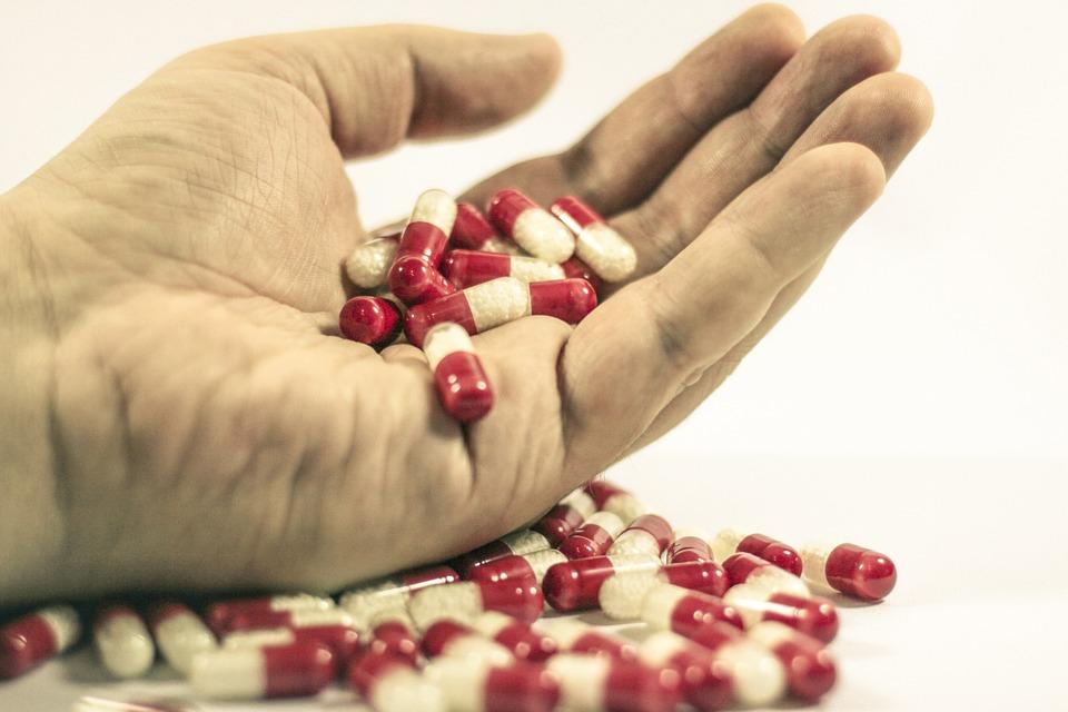 Jovenes realizan una sobredosis multitudinaria en california