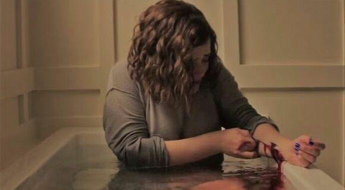 Netflix elimina escena de suicidio
