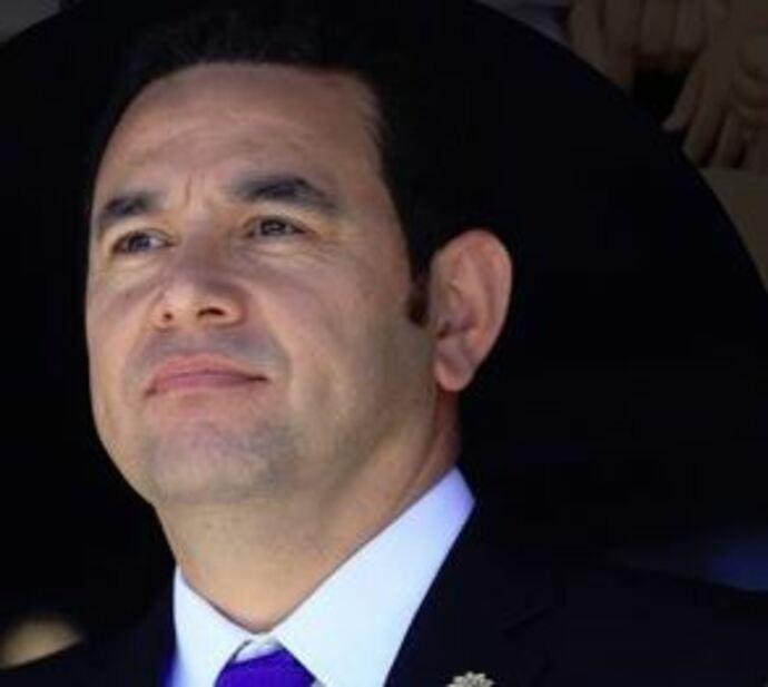 Protestan contra Jimmy Morales por crisis política en Guatemala