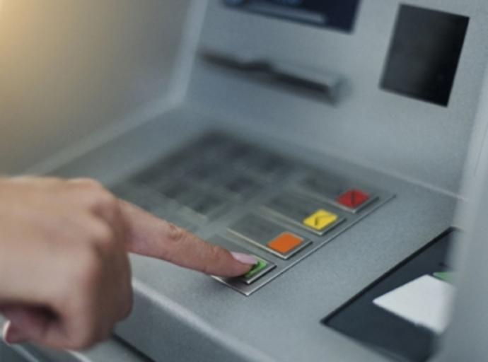 Alertan sobre intercambio de tarjetas en cajeros automáticos
