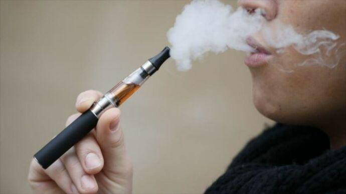 Prohíben venta de cigarrillos electrónicos con sabor en NY