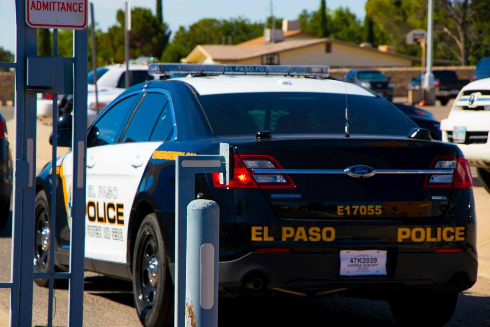 Encuentran dos cuerpos sin vida en canal de El Paso