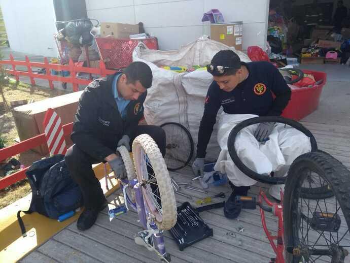 Bomberos 'tunearán' bicicletas donadas con algún desperfecto