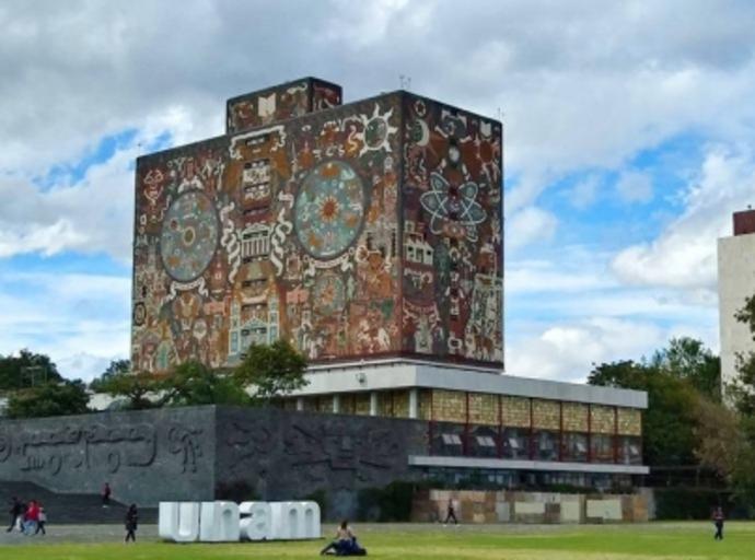 UNAM suspende labores por contingencia ambiental