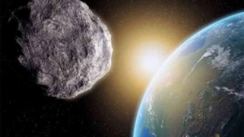 "Se acerca asteroide ""muy peligroso"" a la Tierra"