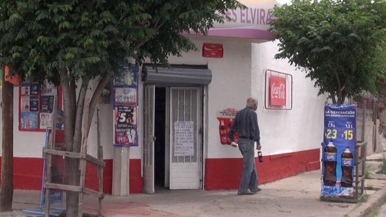 """""""Tienditas"""",  reliquia de las colonias de Juárez"""