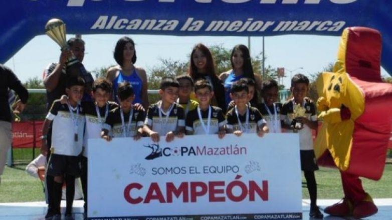 Equipo Independiente Chihuahua Regresa Campeón De Copa
