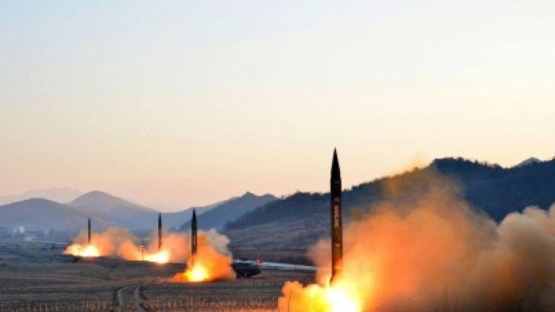 Las dos Coreas mantienen comunicación militar tras pruebas norcoreanas