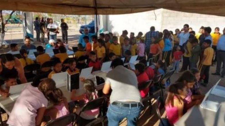 Llevan alfabetización digital a niños de Aldama