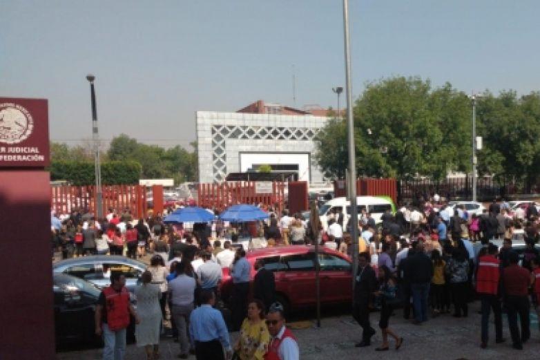 Desalojan Palacio de Justicia Federal por presunta bomba