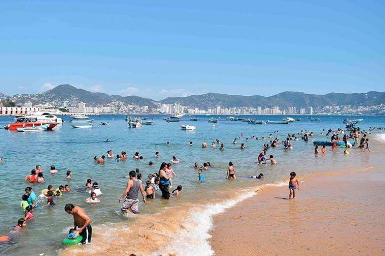 Por decreto presidencial, hoteles que impidan acceso a playas serán multados