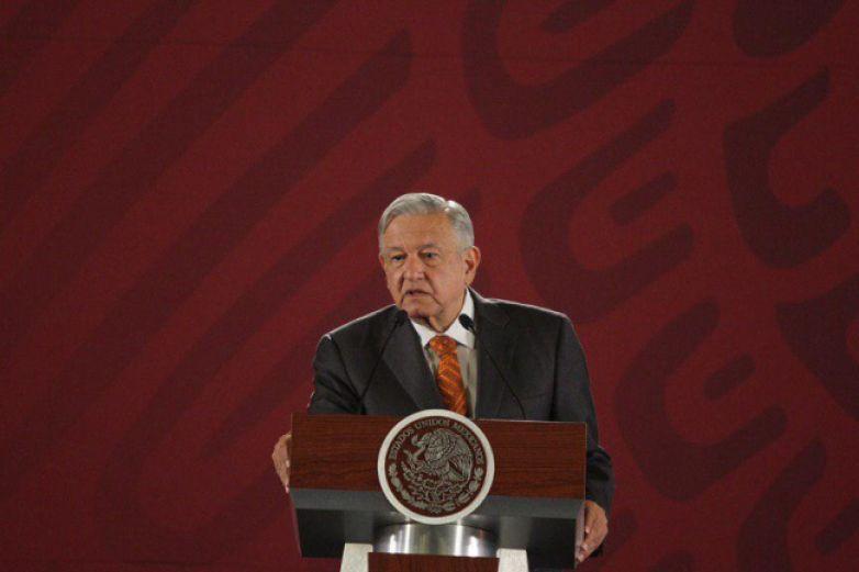 Investiguen a expresidente que debe impuestos: AMLO