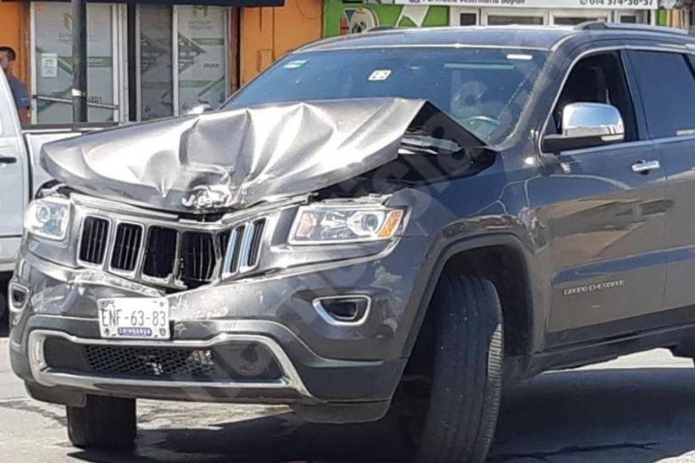 Choque en la Juan Escutia deja daños materiales
