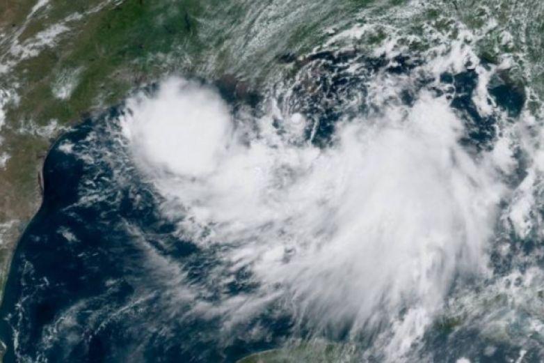 Barry podría convertirse en huracán