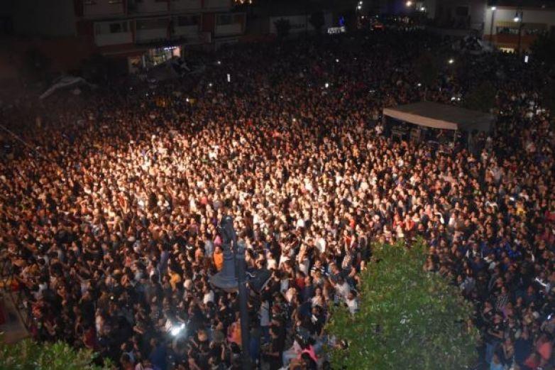 Molotov hace vibrar a más de 10 mil en Parral