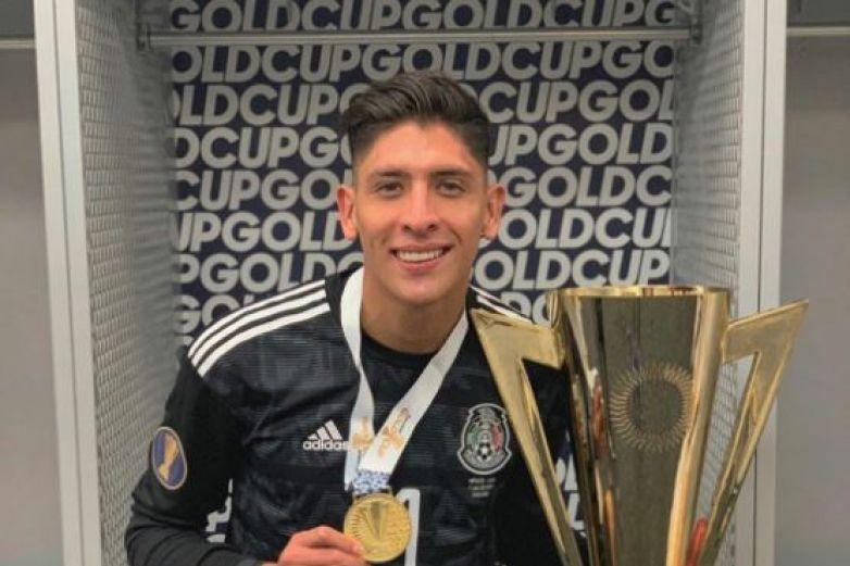 Edson Álvarez sí jugará en el Ajax