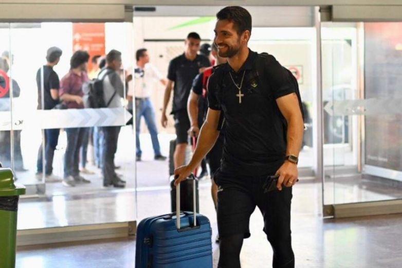 Con los Bravos a bordo falla su avión a Guadalajara