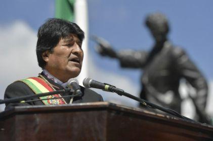 Viaja avión militar mexicano a Bolivia por Evo