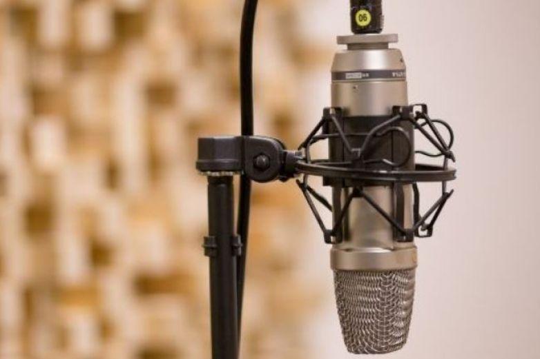 Premian creaciones en radio pro derechos de niñez y adolescencia