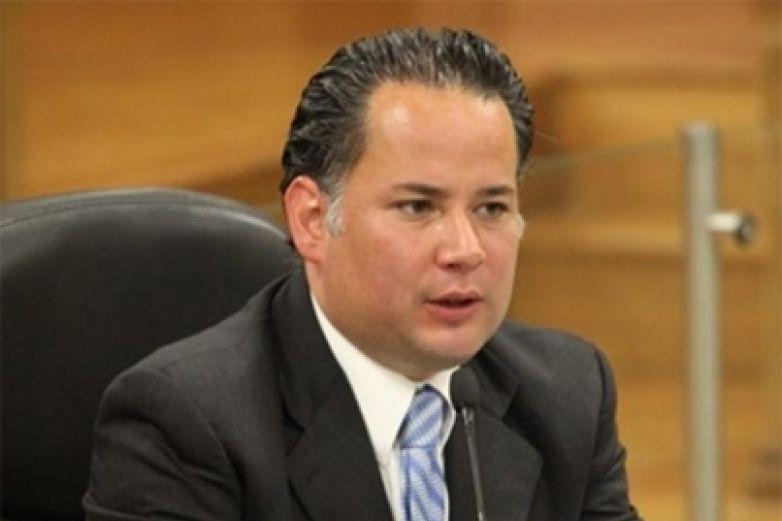 Hacienda alista nueva denuncia contra Robles