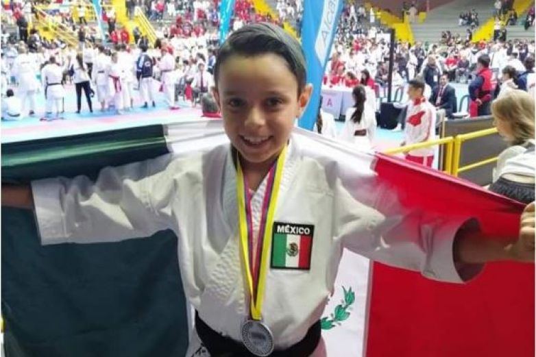 Plata para juarense en Panamericano de Karate