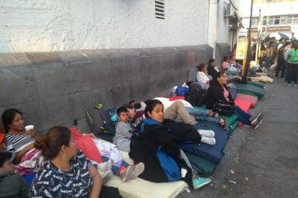 Urgen a atender a 1.8 millones de desplazados por violencia