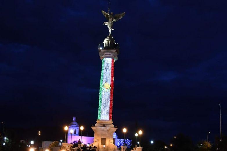Llenan Plaza del Ángel para el Grito