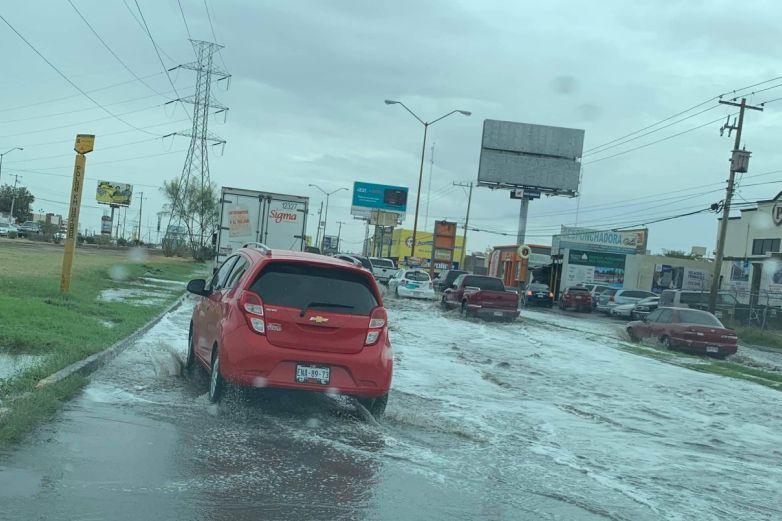 Calles inundadas, maneje con precaución