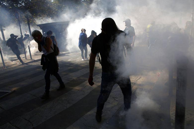 Avivan protestas ambientales en Gran Bretaña y Francia