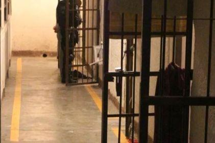 Presentan reclusos examen de admisión a la UNAM