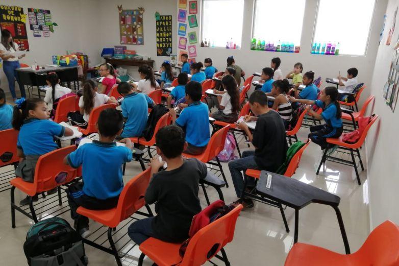 Educación de niños, la mejor inversión de un país: emprendedor