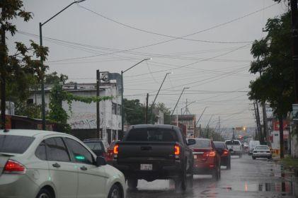 Continúa alerta por lluvias en Juárez