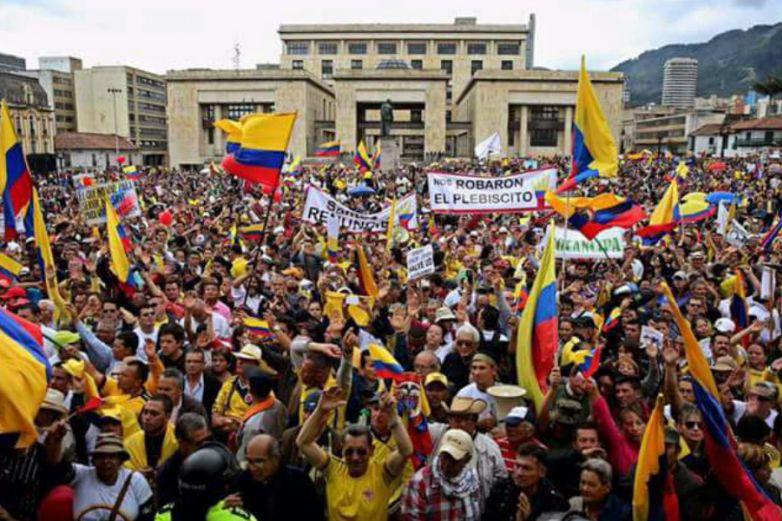 Convocan universitarios a marcha nacional en Colombia