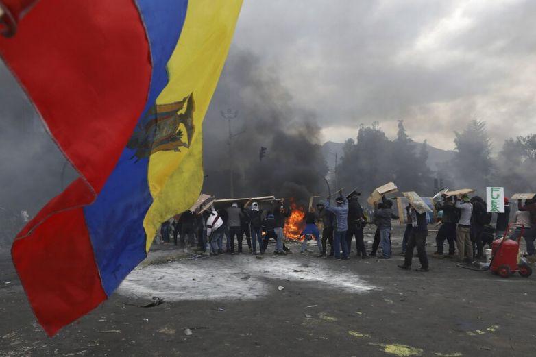 Cubre México manutención de ocho asilados ecuatorianos