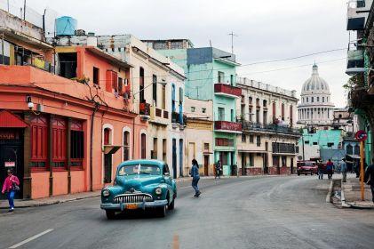 Uber a lo cubano: jóvenes decididos a romper el bloqueo