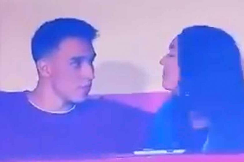 Cámara capta a pareja de 'traviesos' durante momento íntimo en estadio
