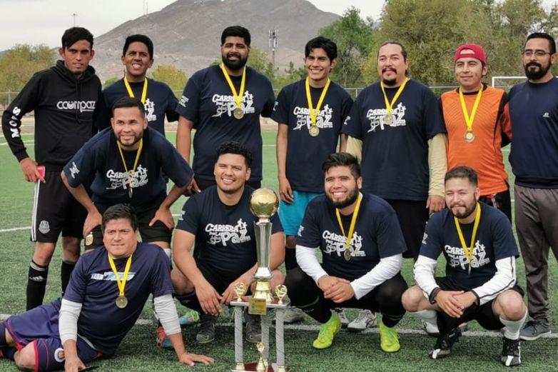 Con fútbol rehabilitan a jóvenes adictos