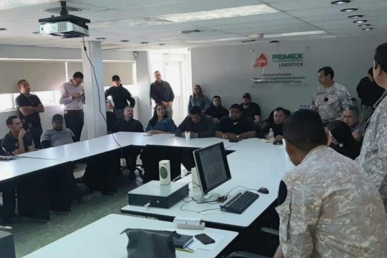 Capacita Pemex a estatales contra huachicoleo