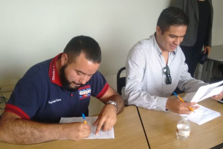 Otorga Uscmm 24 plazas a docentes en 4 municipios