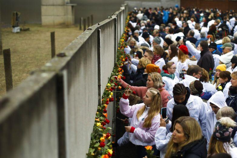 Conmemoran30 años de la caída del Muro de Berlín