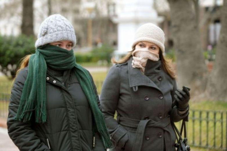 Exhortan a protegerse de cambios de temperatura