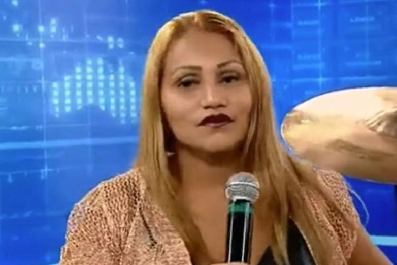 Joven se viraliza por su interpretación de 'Eclipse Total del Amor' en TV