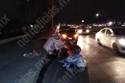 Arrollan a vendedor de tacos en eje vial Juan Gabriel