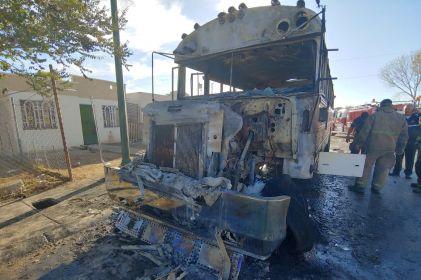 Se incendia camión en Riberas del Bravo