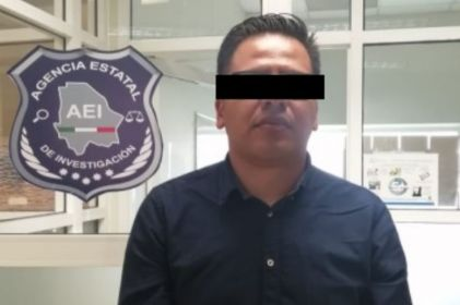 Lo arrestan por querer 'sacar' visa con documentos falsos