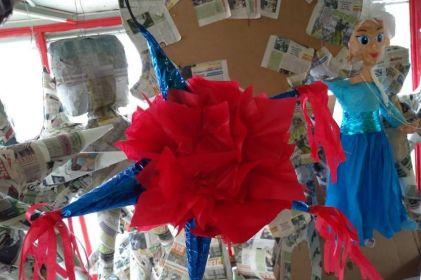 ¡Piñatas a la obra! Arranca su realización para posadas navideñas