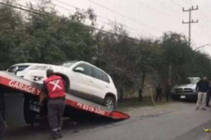 Hallan restos humanos en camioneta frente a zona militar