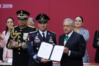 Fuerzas Armadas refrendan lealtad a López Obrador