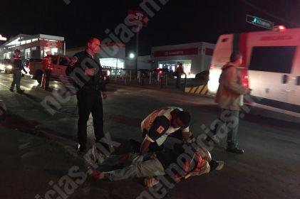 Choca ciclista contra auto en colonia San Felipe